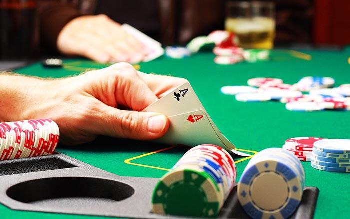 Aprende a jugar Poker Online