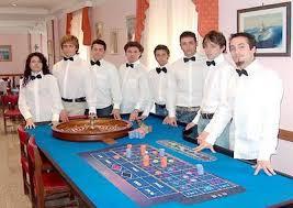 Quieres trabajar en un casino? Estos son los puestos habituales.
